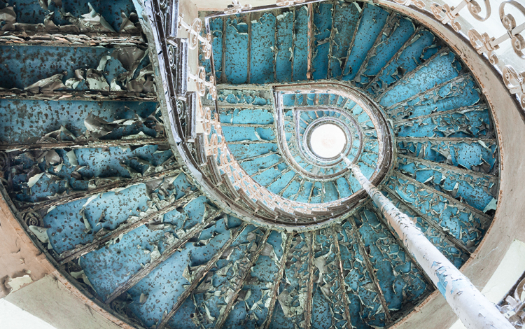RT Galerie - Galerie photo à Pézenas - Staircase turquoise