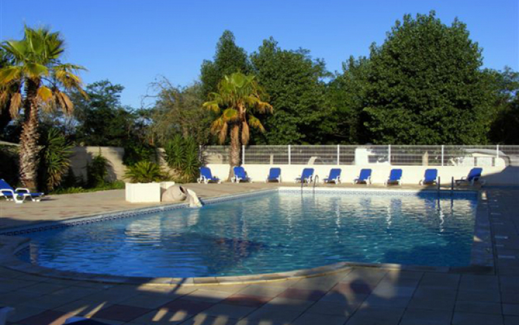 Camping Le Rochelongue-Piscine