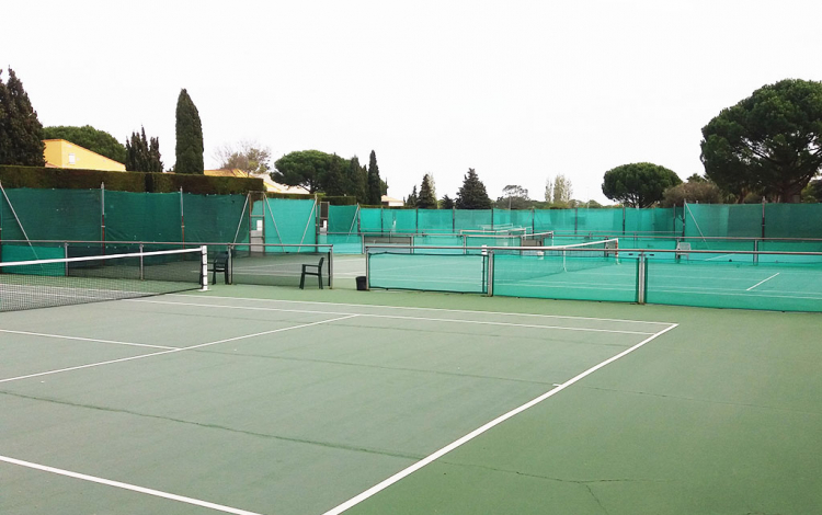Hôtel Tennis International ** au Cap d'Agde - Courts de tennisennis
