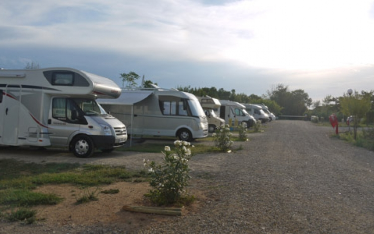 AIRE-CAMPING-CAR-WEB