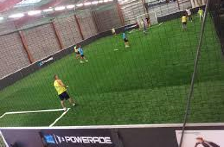 SOCCER PLAYER FOOTBALL INDOOR